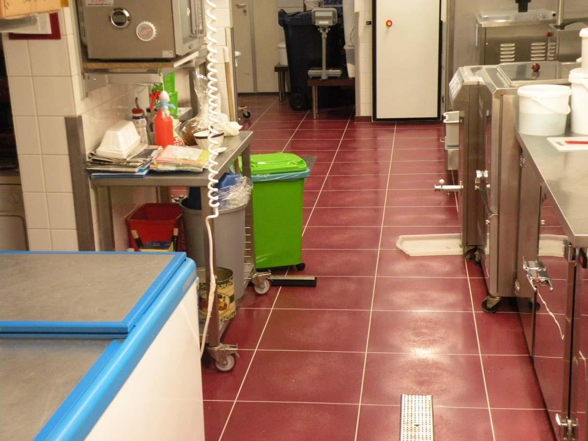 Pvc Vloeren Groningen : Vloeistofdichte vloer in groningen boekhout pvc